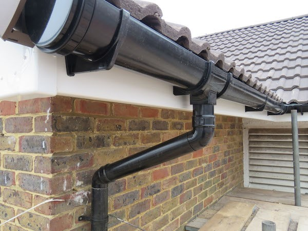 Half round gutter system by gold standard restorations the best roofers in elgin illinois